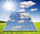 太阳能板对晴朗的天空 — 图库照片