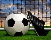 サッカー ボールや靴 — ストック写真