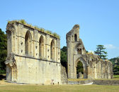 Glastonbury Abbey in Somerset, England — Stock Photo