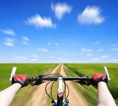 Rider driving bicycle — Stockfoto