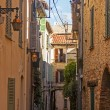 France, Cote d'Azur. Typical architectural details of the old French town of Antibes — Stock Photo