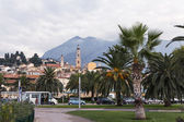 France , Menton, 15 October 2013 . A typical urban view at the end of the tourist season. — Stock Photo