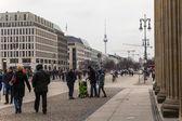 Tyskland, berlin, den 18 februari, 2013. typiska stads syn på en mulen dag — Stockfoto