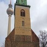 Germany, Berlin, February 20, 2013 . Urban TV Tower and St. Mary's Church ( Marienkirche ) — Stock Photo