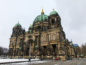 Germany, Berlin, February 20, 2013 . View of the Berlin Cathedral in a cloudy winter day — Stock Photo