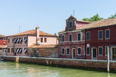Italy, Venice June 21 2012. View of the coast of the island of Murano in the Venetian lagoon. — Zdjęcie stockowe