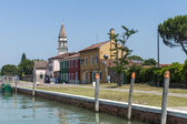 Venice, Italy, June 21, 2012 . View of the coast of the island of Burano in the Venetian lagoon. — Stock Photo