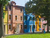 Venice, Italy, June 21, 2012 . View of the picturesque colorful houses on the island of Burano in the Venetian lagoon. — Stock Photo