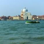 Venice, Italy. View of Cathedral of San Giorgio Maggiore on the island of San Giorgio Maggiore from the promenade of San Marco and Venetian lagune — Stock Photo