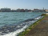 Italy , Venice. City view from the Venice lagoon — Stock Photo