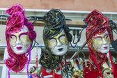 ヴェネツィア、イタリア。本格的なお土産とショーケースします。 — ストック写真