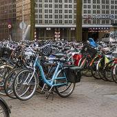 Amsterdam, The Netherlands, April 12, 2012. Bike parking on city street — Stock Photo