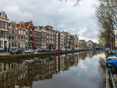 Amsterdam, The Netherlands, April 13, 2012 . Canal in the central part of the city — Stockfoto