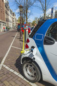 Amsterdam, The Netherlands April 14, 2012 . Electric vehicle in an urban environment — Stock Photo
