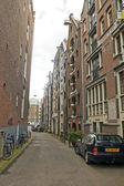 Amsterdam, The Netherlands, April 14, 2012 . Typical urban landscape on a sunny spring day — 图库照片