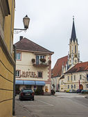 Melk, Austria. Typical urban view in the cloudy autumn afternoon — Stok fotoğraf