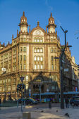 Budapest, Hungary, March 20, 2013 . Typical urban view — Stock Photo