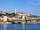 Budapest, ungheria, 20 marzo 2014. danubio. ponte delle catene — Foto Stock