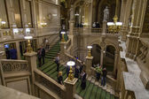 Vienna, Austria, on March 25, 2014. Decor of a lobby of the State Opera theater — Stock Photo