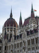 Budapest, Hungary. Architectural detail of the building of the Hungarian Parliament — Stock Photo