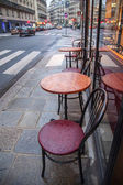 Paris, France, May 2, 2013 . Summertime outdoor cafes — Stock Photo