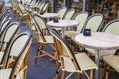 Paris, France. Summer outdoor cafes — Stock Photo