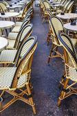 Paříž, Francie. letní venkovní kavárny — Stock fotografie