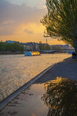 Paris, France. View of the embankment of the river Seine at sunset — Foto Stock