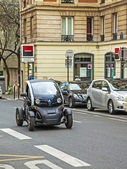 Paris, May 3, 2013 . Modern urban compact car on a city street — Stock Photo