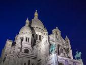 Paris, França, 4 de maio de 2013. Sacre coeur vista à noite — Fotografia Stock