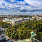 St. Petersburg Russia , August 26, 2010 . Neva View from the observation platform of St. Isaac's Cathedral — Stock Photo