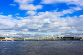St. Petersburg, Russia. Bid on the embankment of the Neva River and Trinity Bridge — Stock Photo