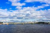 St. Petersburg, Russia. Bid on the embankment of the Neva River and Trinity Bridge — Stock Photo