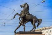 St. Petersburg, Russia. Sculpture on Anichkov bridge by P.Klodt, established in 1841 — Stock Photo