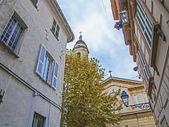 Menton, Frankrike. typiska arkitektoniska Detaljer för bostäder i den historiska staden — Stockfoto