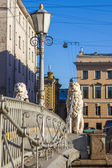 St. Petersburg, Russia. Pedestrian Lion bridge over Griboyedov Canal — Stock Photo