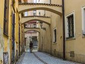 прага, чешская республика. типичный городской вид. туристы, посещая достопримечательности — Стоковое фото
