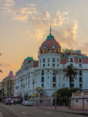 Nice, France, on July 6, 2011. English promenade (Promenade des Anglais). Promenade des Anglais in Nice - one of the most beautiful and known embankments in Europe — Stock Photo