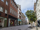 Dusseldorf, Germany, on July 6, 2014. Typical view of the city street. Summer morning — Stock Photo