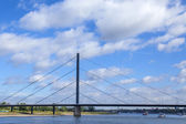 Dusseldorf, Germany, on July 6, 2014.  View of the river Rein, embankment and bridge — Stockfoto