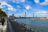 Dusseldorf, Germany, on July 6, 2014. View of Rhine Embankment — Foto Stock