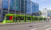 Dusseldorf, Germany, on July 6, 2014. The high-speed tram on the city street — Foto Stock