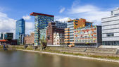 Dusseldorf, Germany, on July 6, 2014. Architectural complex of Rhine Embankment in the area Media harbor — Stock Photo