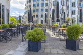 Dusseldorf, Germany, on July 6, 2014. summer cafe on Rhine Embankment in the area Media harbor — Stock Photo
