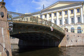 St. Petersburg, Russia, on July 22, 2012. The bridge via the channel — Foto de Stock