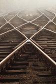 Ferrocarril en niebla — Foto de Stock