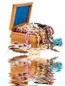 Ahşap mücevher kutusu — Stok fotoğraf