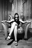 Sexy donna seduta — Foto Stock