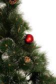 Nowy rok drzewo z piłką na białym tle — Zdjęcie stockowe