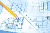 Engineering en het platform tekeningen met potlood — Stockfoto